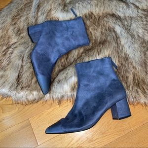 TOPSHOP suede booties - looks brand new condition